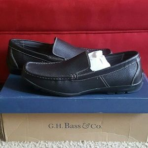 Like new G.H Bass shoes for men. 97% New